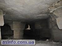 Ак-Монайские каменоломни внутри