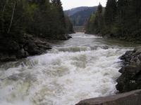 Прут. Фото водопада Пробий